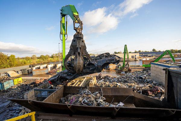Metaal verwerking en recycling HKS